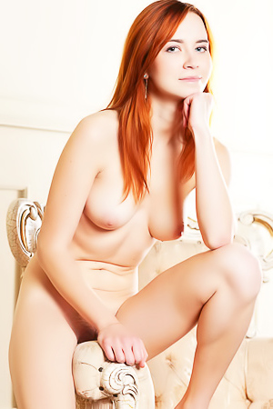 Redhead Kelly G with hairy pussy