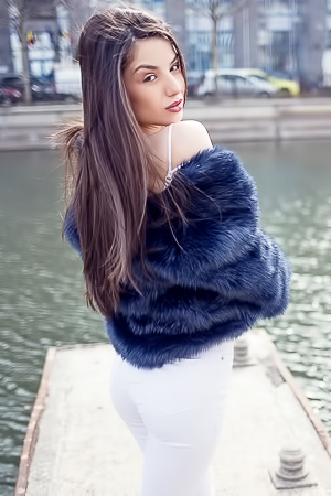 Kristen Belle - flirty brunette