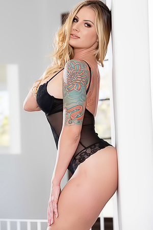 Teagan Presley with sexy tattoos