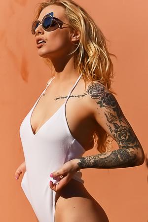 Saskia Valentine in sexy swim suit