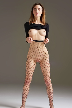 Flora - fishnet photoshoot