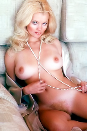 Karen Christy - amazing retro blonde