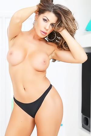 Nikki Capone - The Panty Pervert