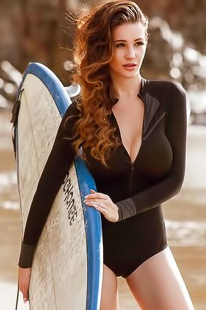 Czech Model Alina Lewis