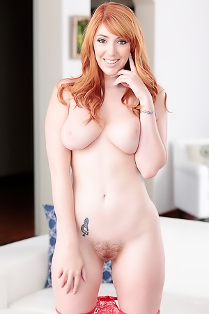 International Affair With Lauren Phillips