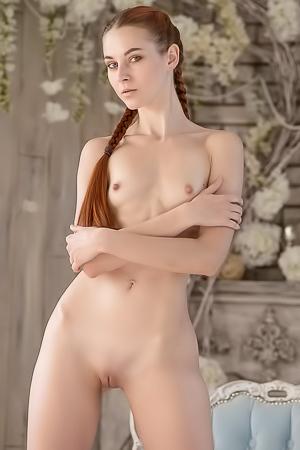 Gwen Hot Redhead Nudes